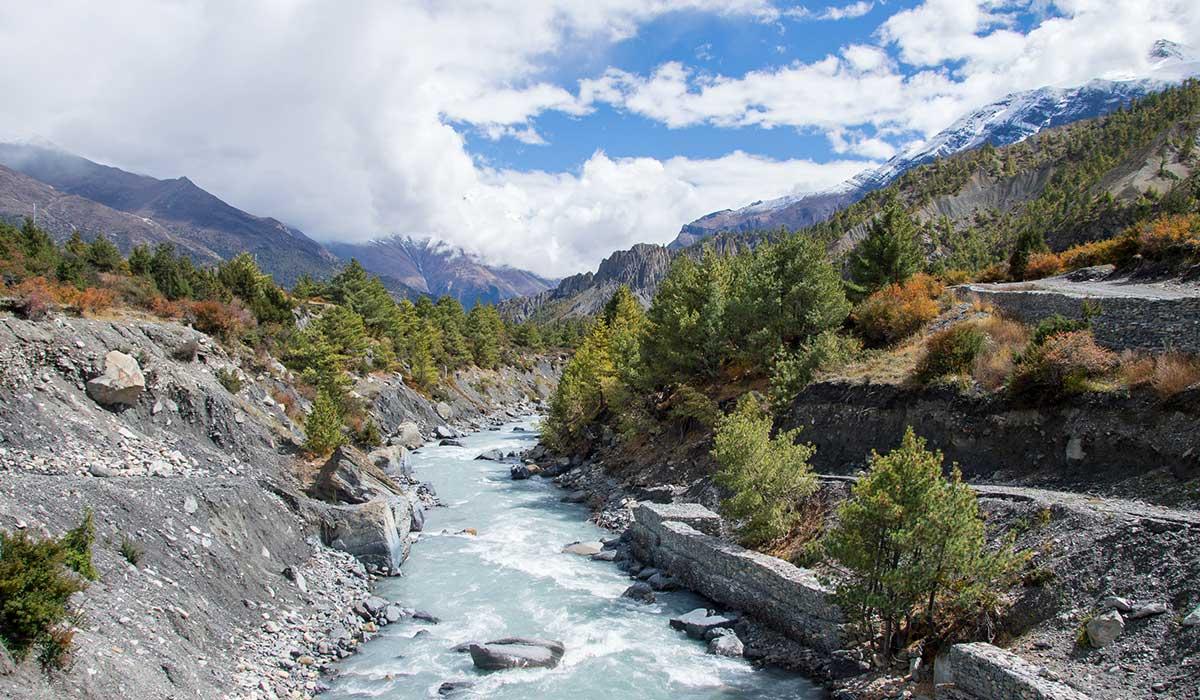 Drinking water on Annapurna Circuit Trek